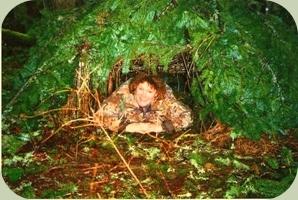 debris hut shelter