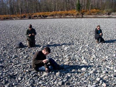 making basic stone tools