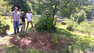 students learning permaculture